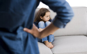 giai đoạn Khủng hoảng tuổi lên 3 ở trẻ