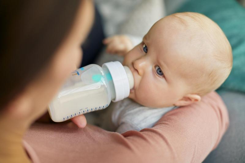lưu ý khi chọn bình sữa cho bé