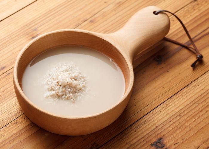 chăm sóc có thể sau sinh bangef nước vo gạo